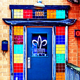 Maddie's Place was founded by Chef Brian Deloney, 2007. It is a playful eatery offering New Orleans-style eats such as po' boys & jambalaya, plus a small bar area.