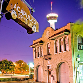 Open for almost 40 years, this icehouse served as a popular hangout spot welcoming a crowd full of diversity. With good food and cheap beer, Acapulco Drive-Inn is now a piece of history recognized by a shape of an old classic car as its sign.