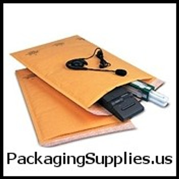 "Kraft Self Seal Bubble Mailers #4 - 9 1 2 x 14 1 2"" Kraft Self-Seal Bubble Mailer (100 Case) ENVB857SS"