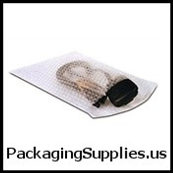 "Self-Seal Bubble Pouches 8 x 15 1 2"" 3 16"" Self-Seal Bubble Pouches (300 case) CBOB815"