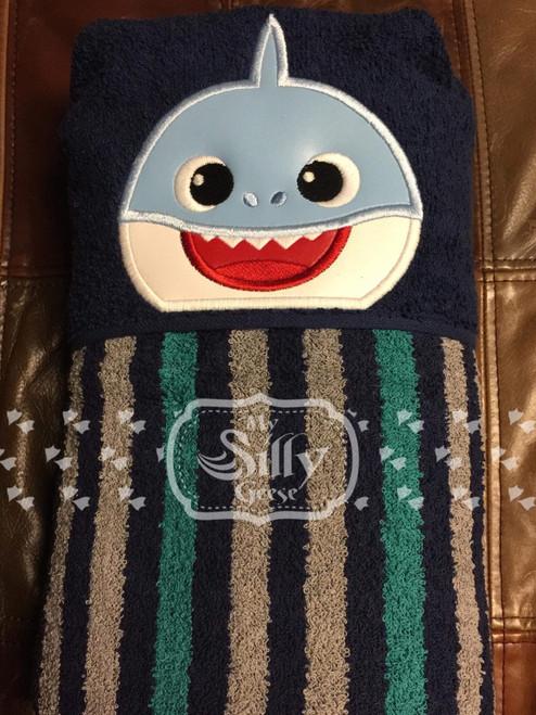 5x7 Babe Shark Peeker