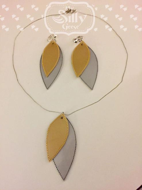 4x4 Leaf Jewelry Set (Earrings & Necklace)