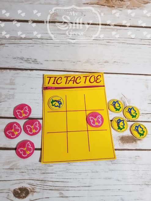 5x7 Tic Tac Toe Zip Pouch Butterfly