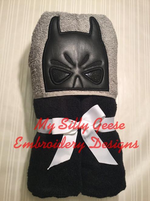 4x4 Bat Hero Peeker