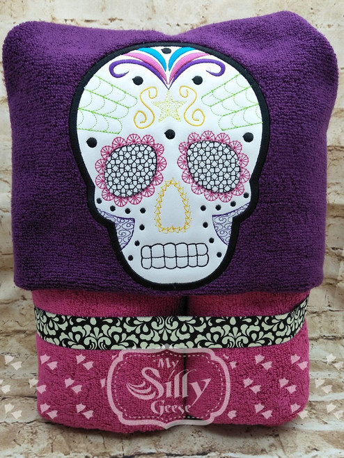 Both 4x4 & 5x7 Sugar Skull Applique