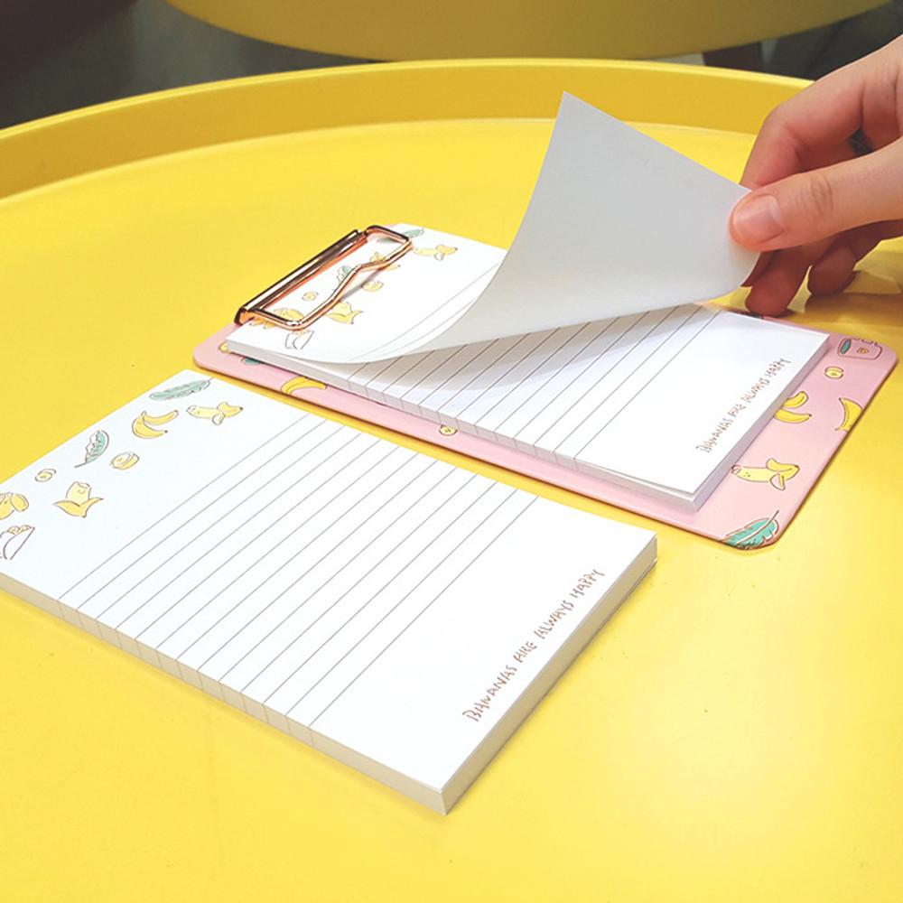 Banana - N.IVY Buri clipboard memo holder with 30 notes sheets