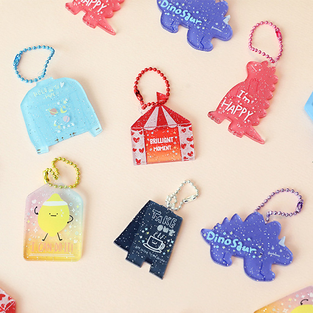 Oh-ssumthing O-ssum shiny charm with chain strap