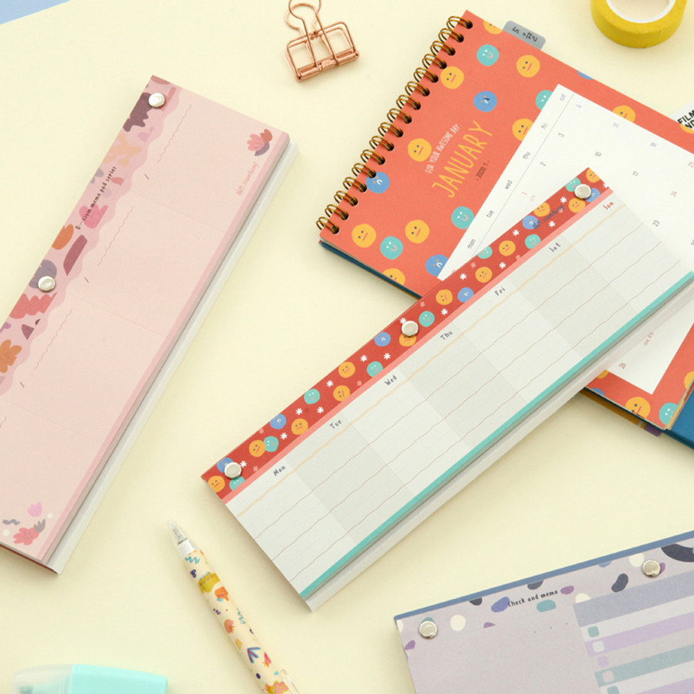 Usage example - O-ssum standing memo notepad with perforated line
