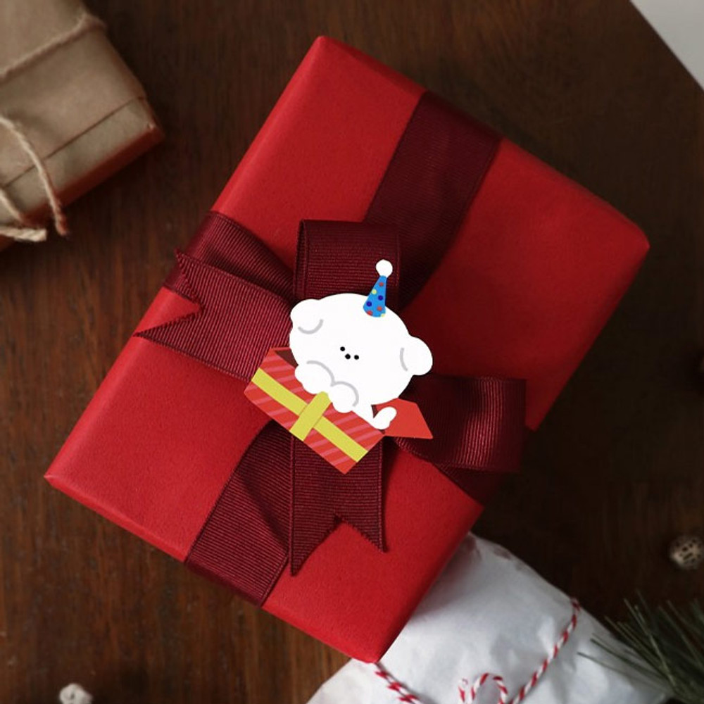 Usage example - ICONIC Merry removable craft decoration sticker