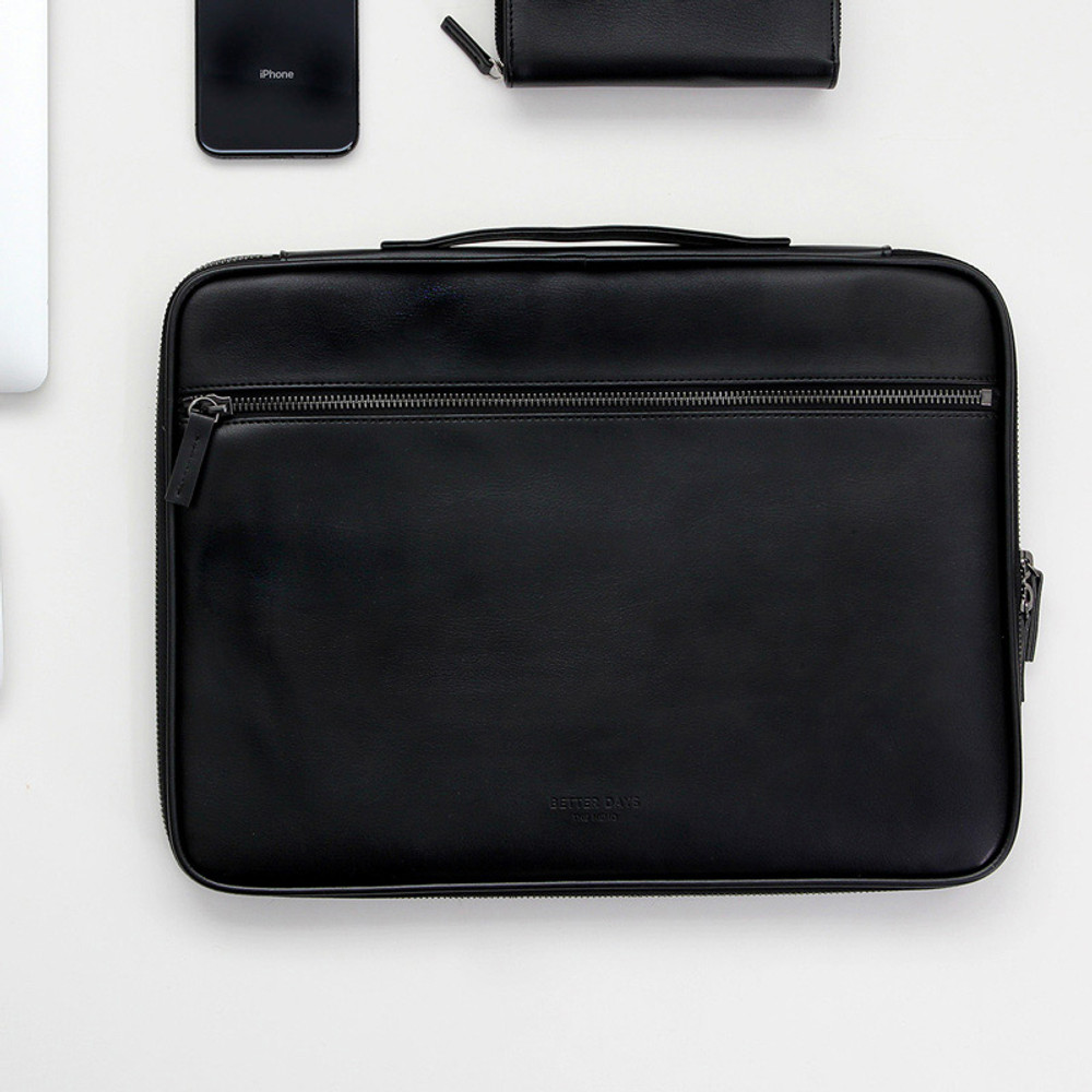 Usage example - GMZ The Memo 13 inches laptop PC sleeve pouch case