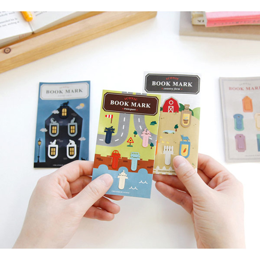 Package for Mini bookmark set