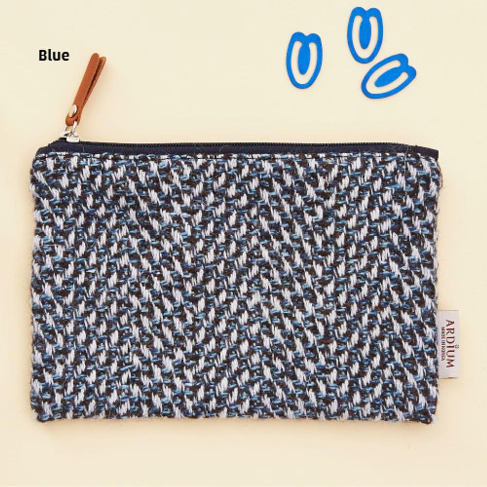 Blue - Wool pattern flat zipper medium pouch