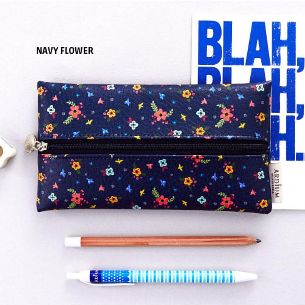 Navy flower - Pattern middle zipper slim pouch