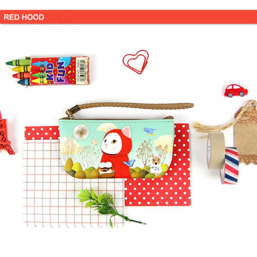 Red hood - Choo Choo cat vanilla candy zipper pouch