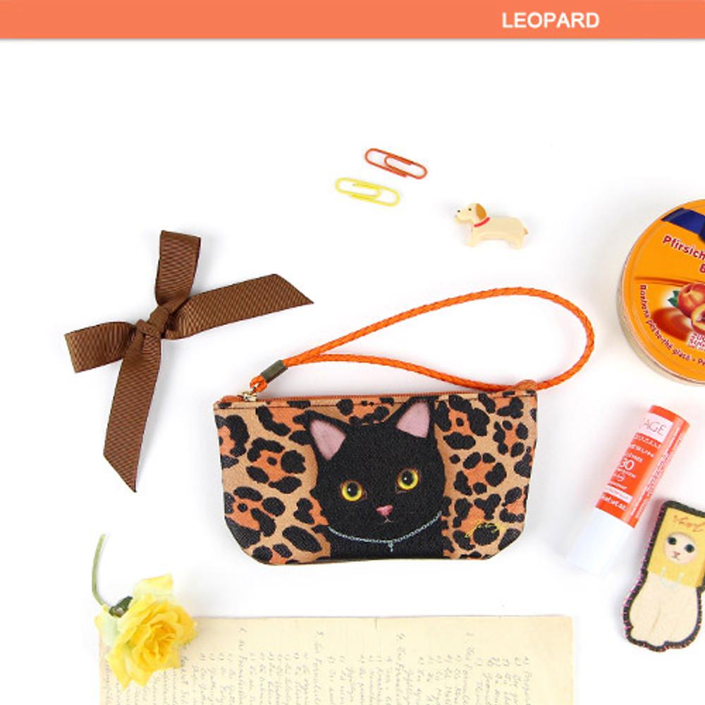 Leopard - Choo Choo cat vanilla candy zipper pouch