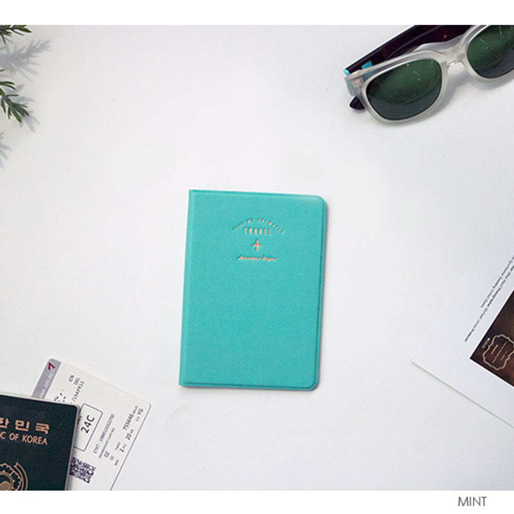 Mint - Take me anywhere travel passport case