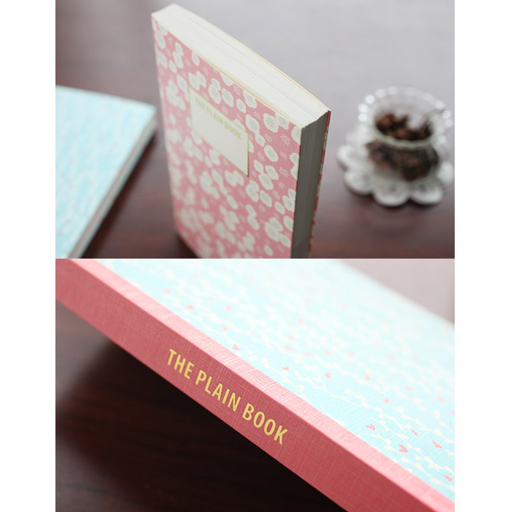 Detail of Promenade flower pattern plain notebook