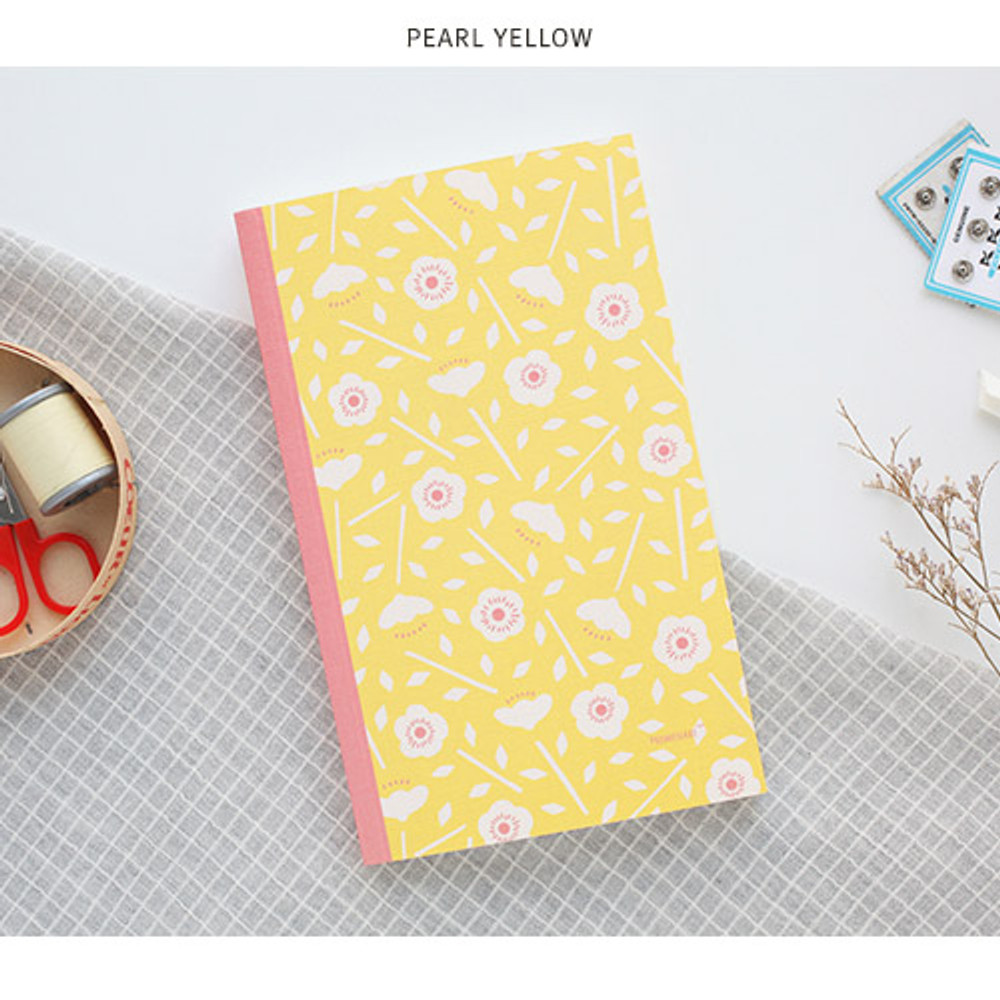 Pearl yellow - Promenade flower pattern plain notebook