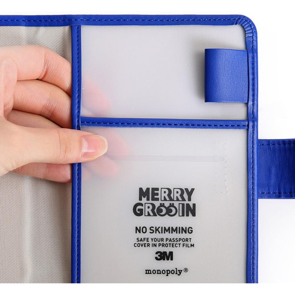 Merrygrin RFID blocking small passport case
