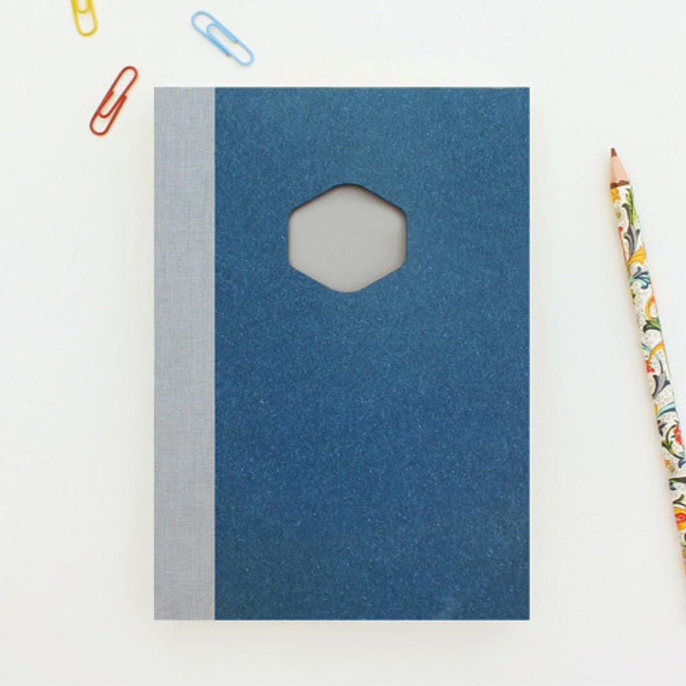 Sapphire - Sketch & Story drawing notebook medium