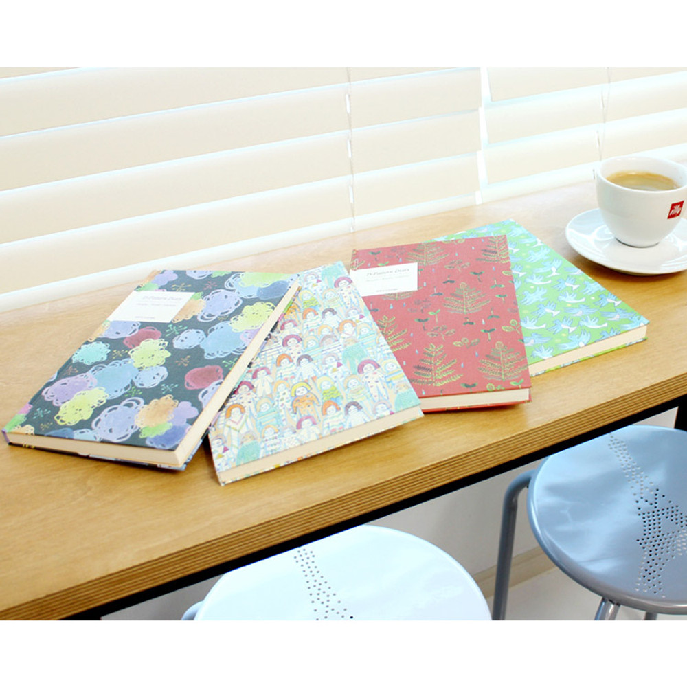 D pattern undated diary scheduler