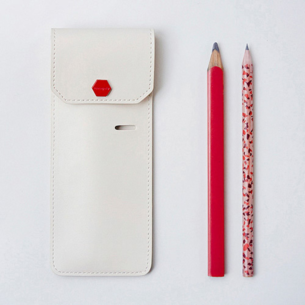 Snap button pen case with elastic band holder