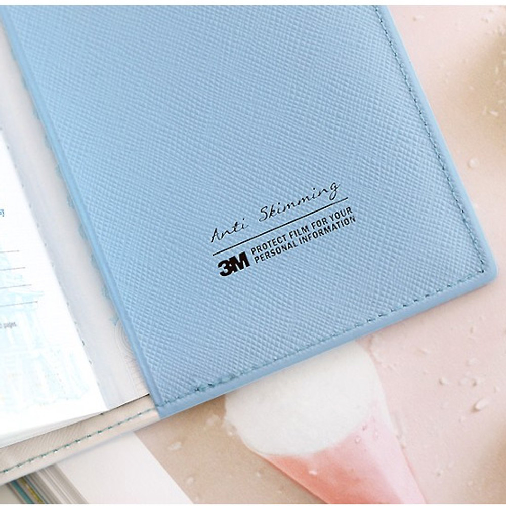Piece of moment RFID blocking travel passport case