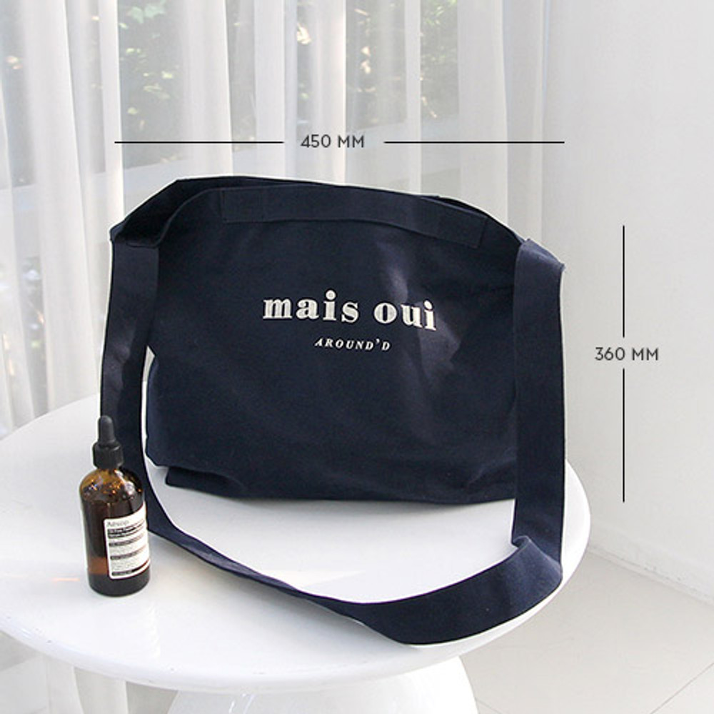 Size of Around'D two pocket bag - medium