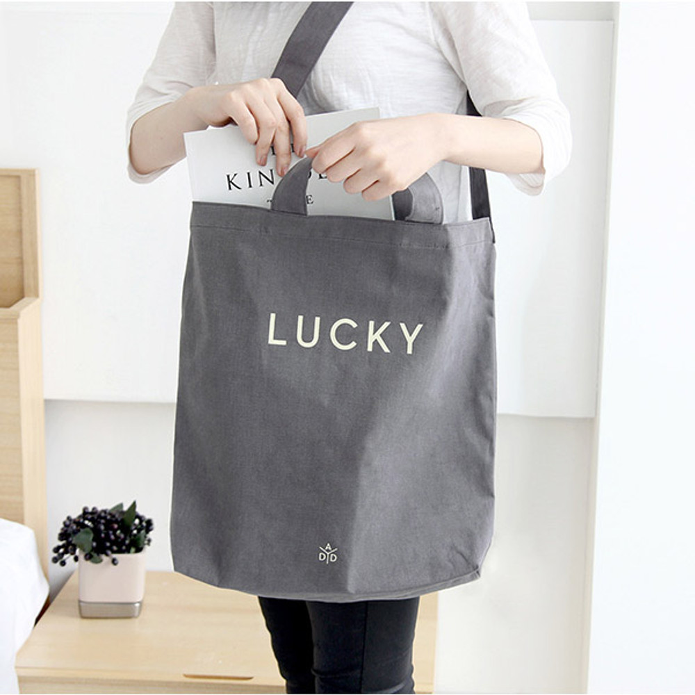 Gray - Around'D lucky shoulder bag tote