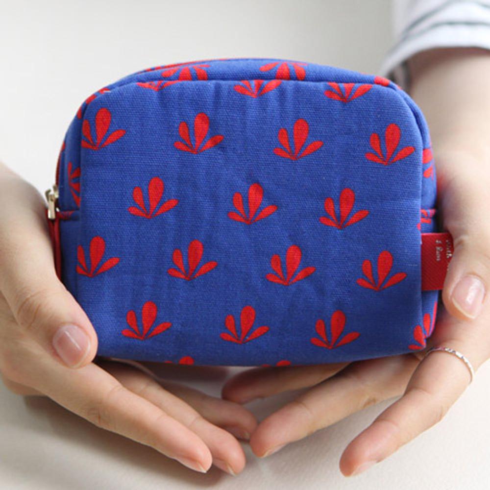Blue - Rim pattern cotton zipper small pouch