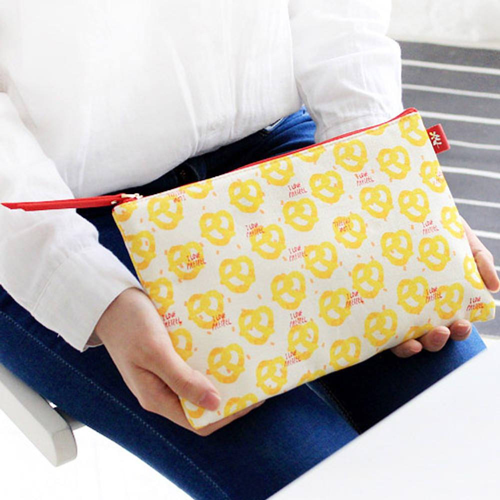 Pretzel - Rim pattern cotton slim zipper pouch (Large)