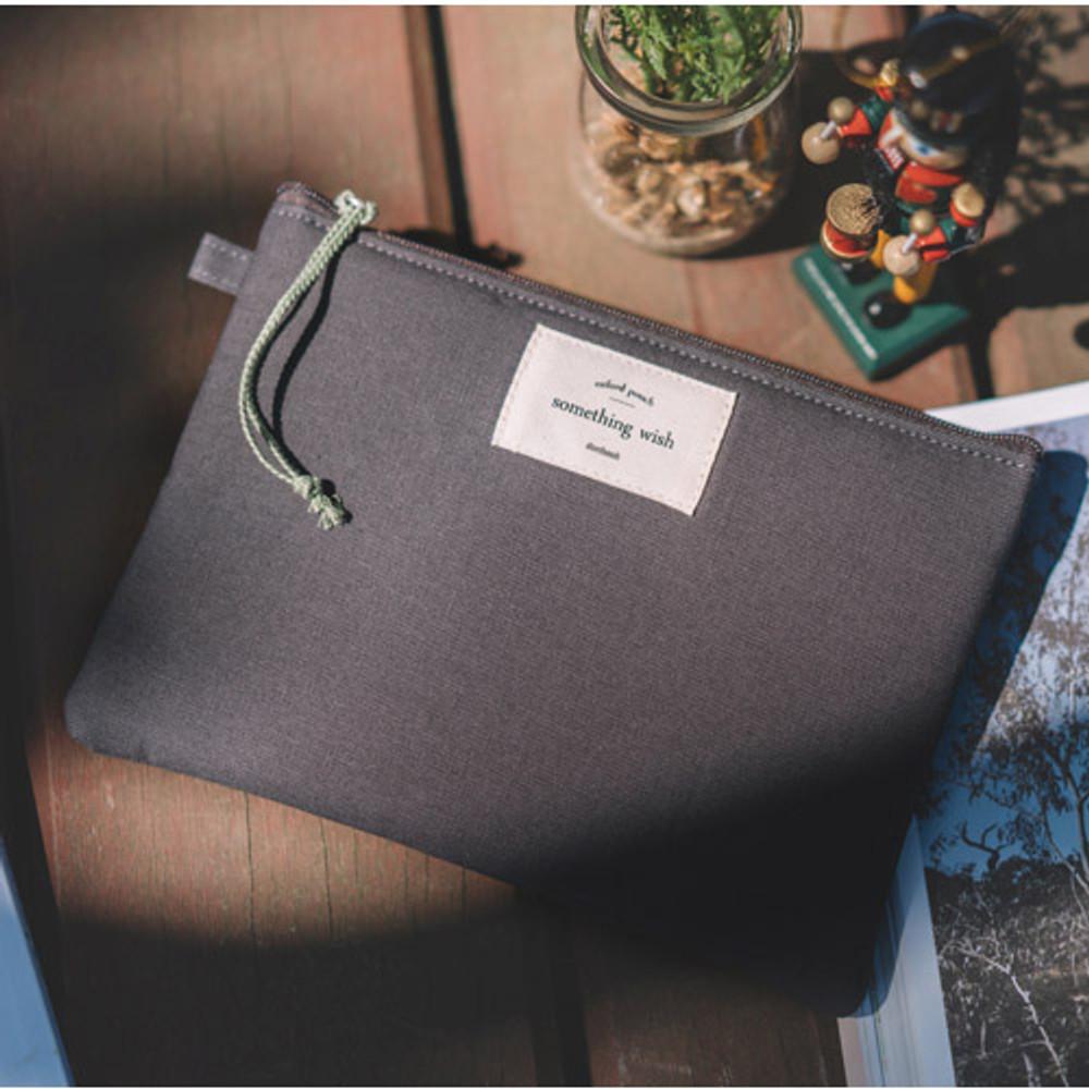 Charcoal gray - Something wish oxford medium zipper pouch