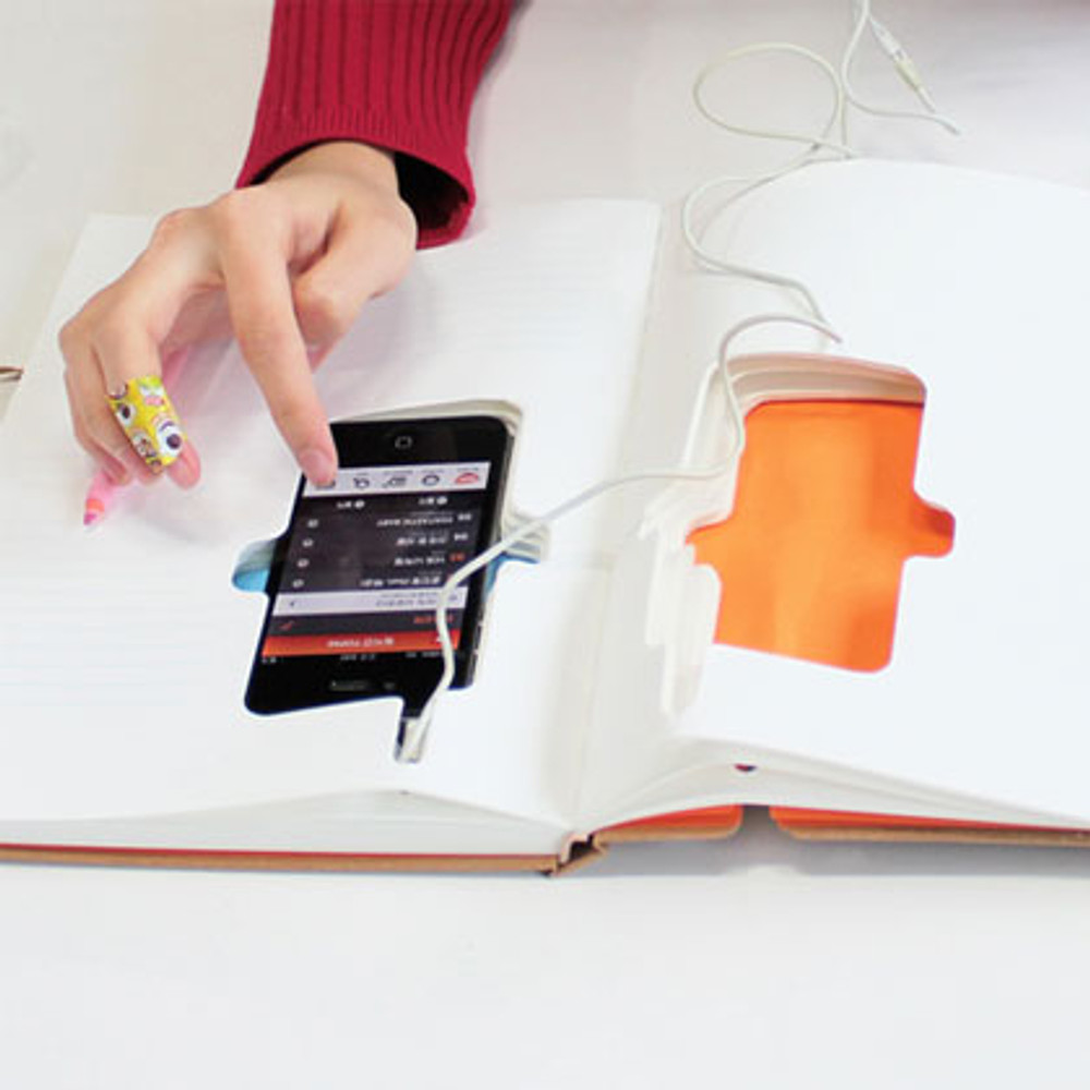 the user can make interact with the device while also writing traditionally