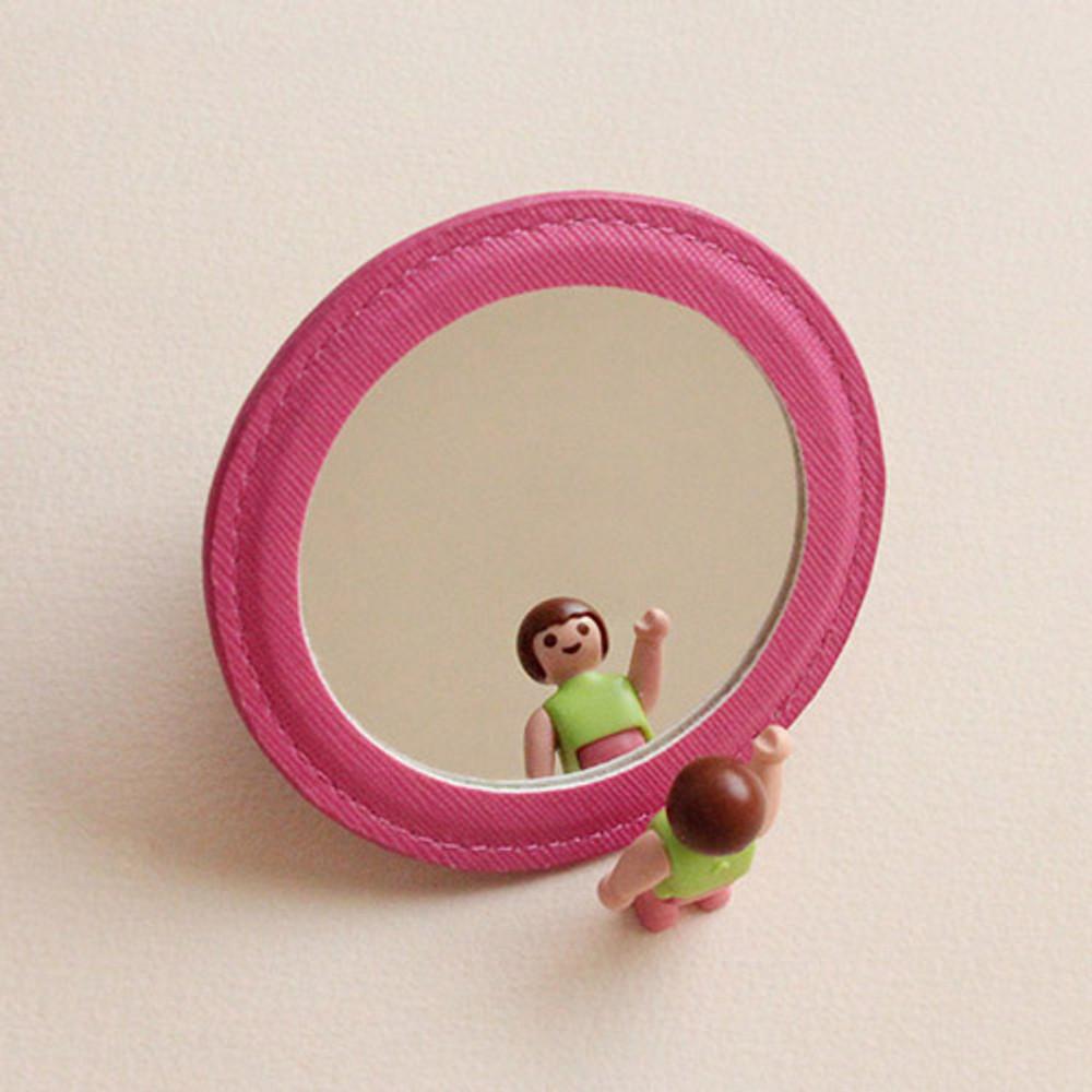 Back of Hello cute illustration round hand mirror