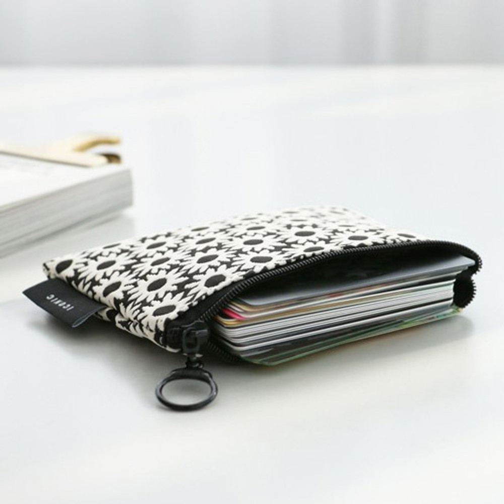 Black flower - Plain pattern small flat zipper pouch