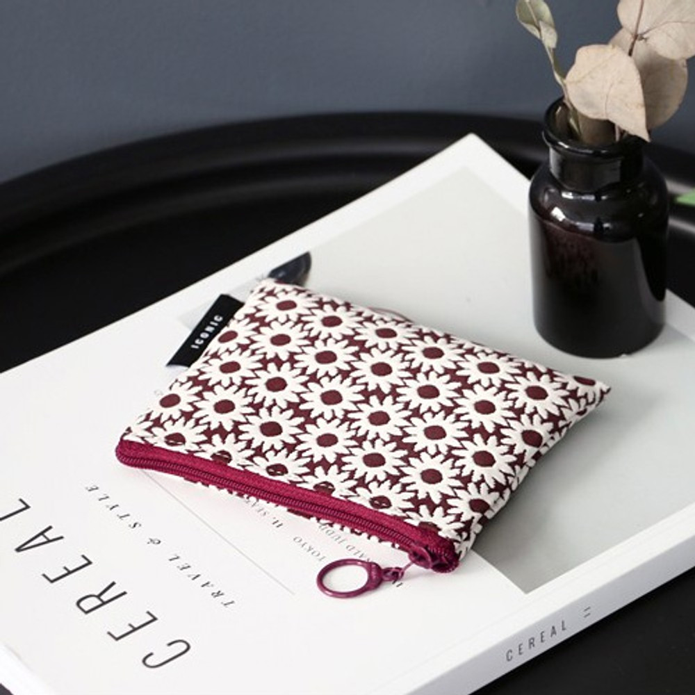 Burgundy flower - Plain pattern small flat zipper pouch