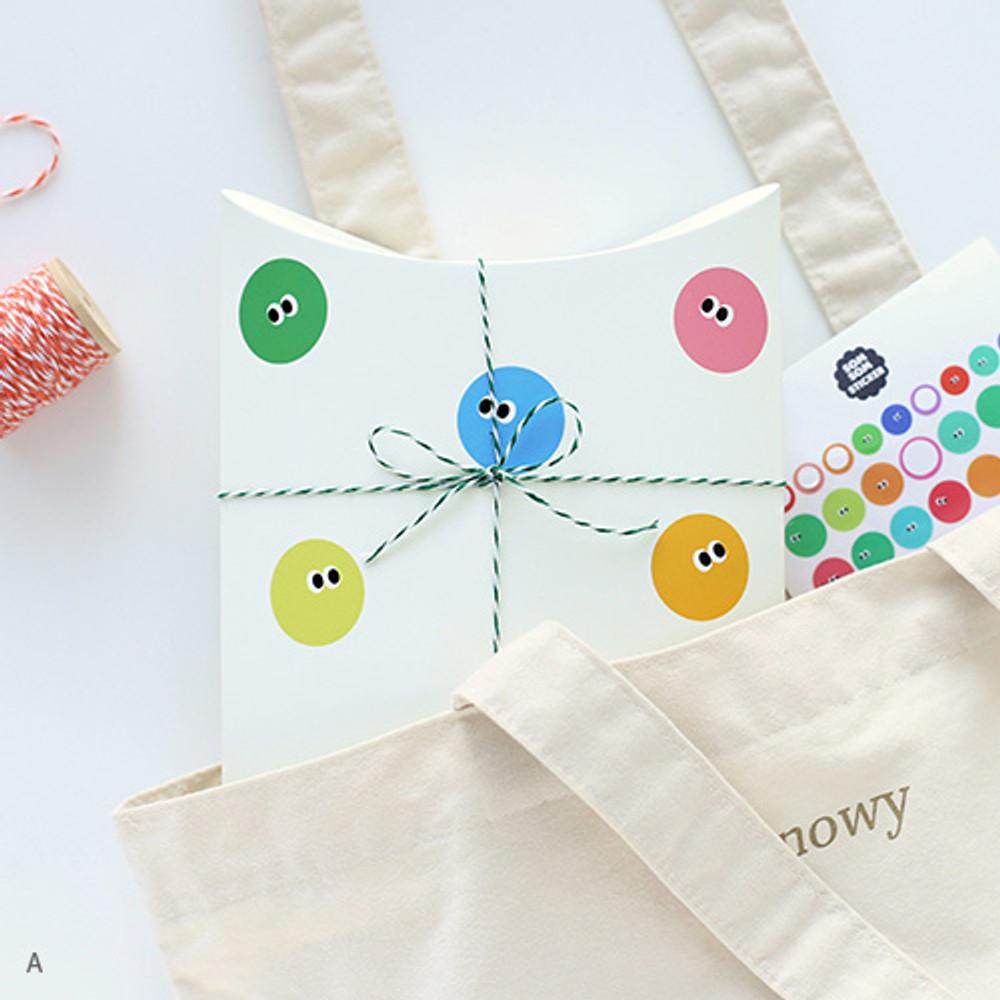 A - Livework Som Som gift paper bag medium set of 4 styles