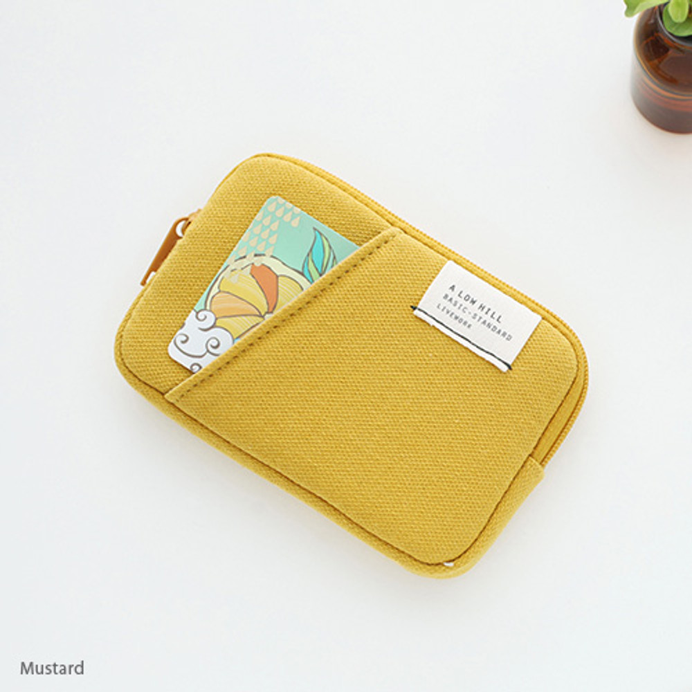 Mustard - A low hill basic standard pocket card case ver.2