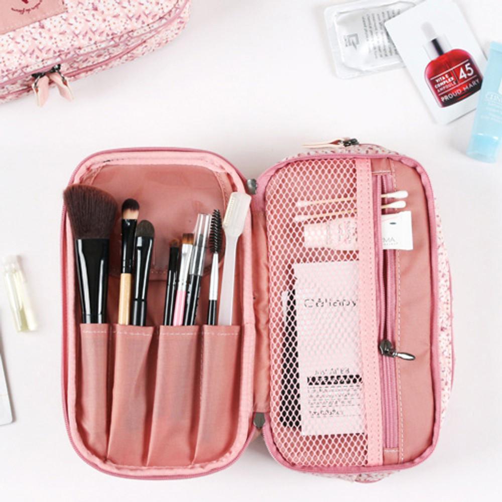 Brush & zipper pocket - Cosmetic makeup zipper pouch