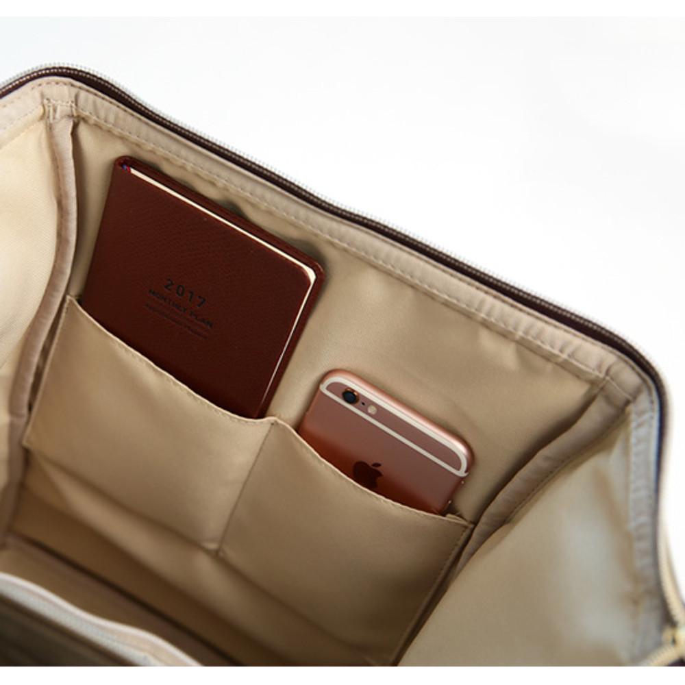 2 inside pocket - Monopoly Cratte mini leather backpack