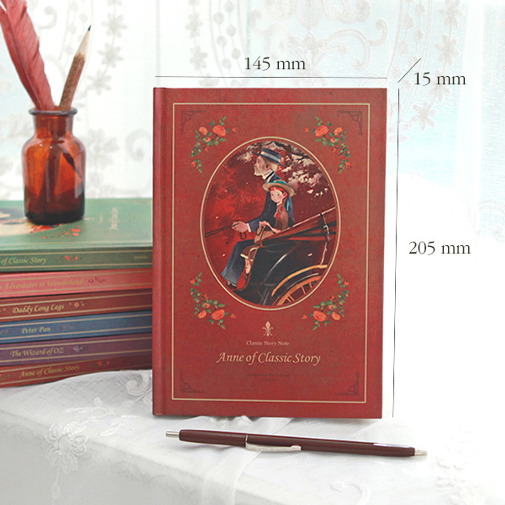Size of Classic stroy hard cover lined and plain notebook