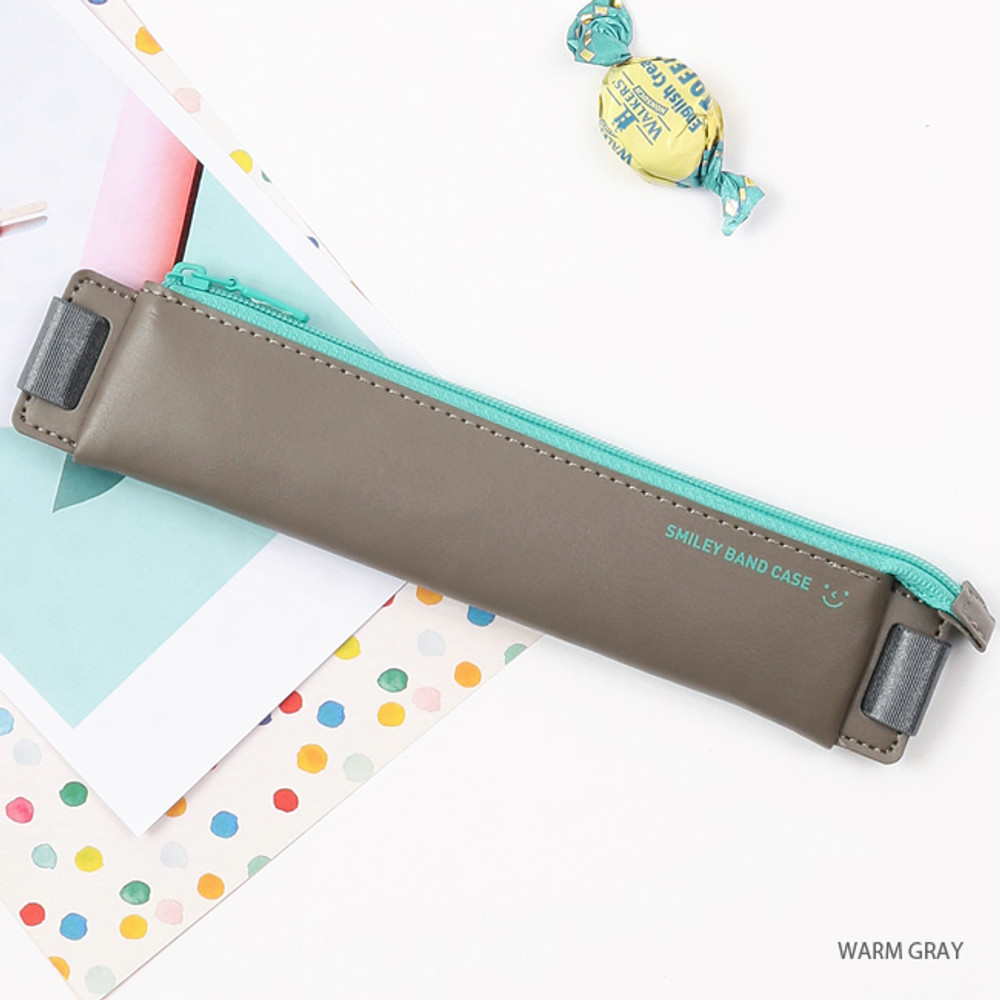 Warm gray - Smiley pen case with elastic band holder