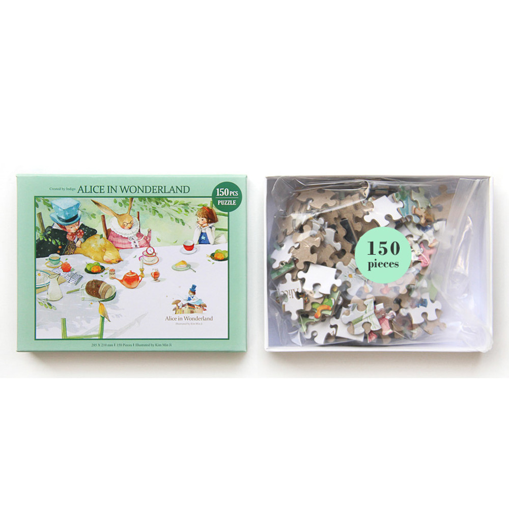 Package of 150 piece jigsaw puzzle - Alice in wonderland