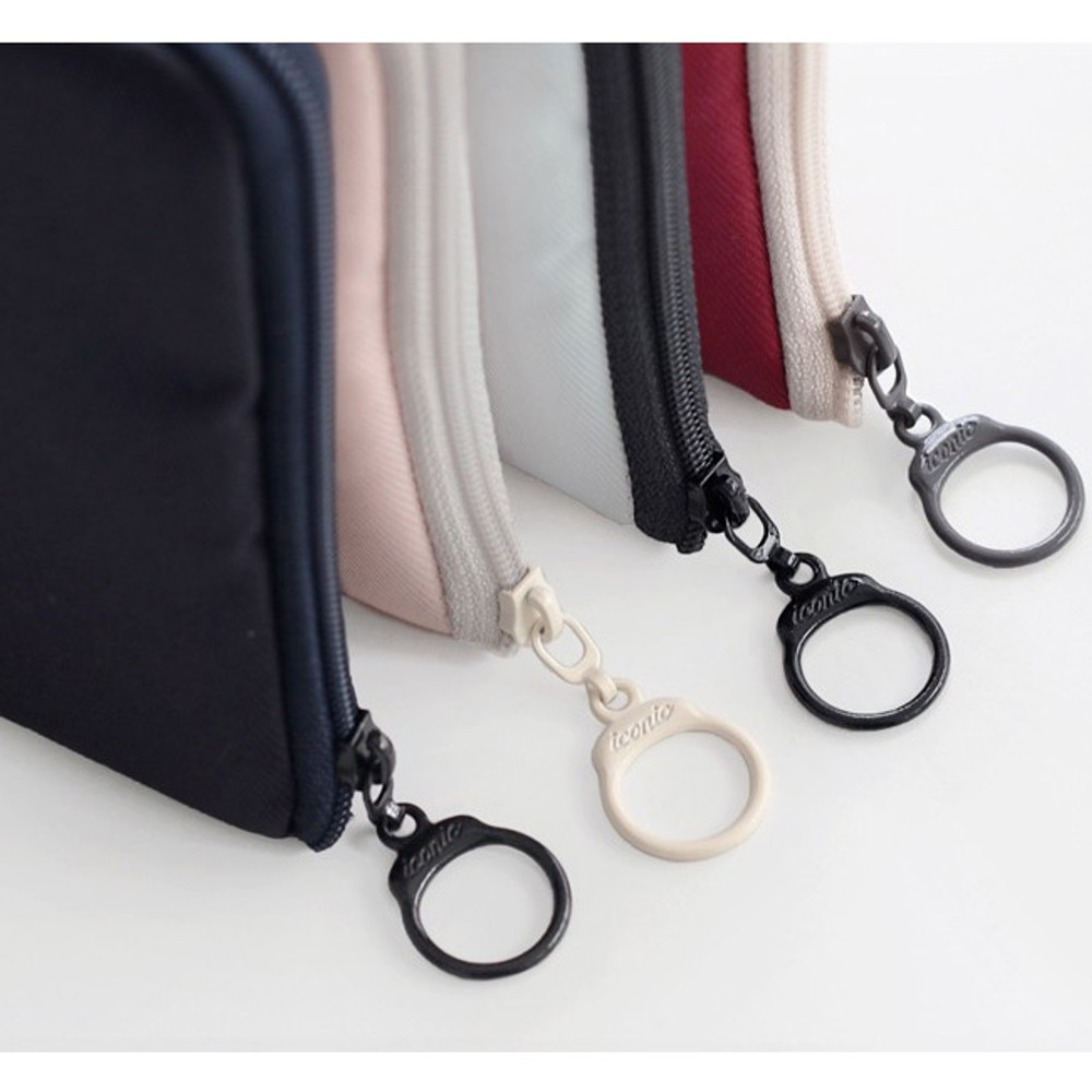 Circle zipper slider - Walking in the air medium cable pouch
