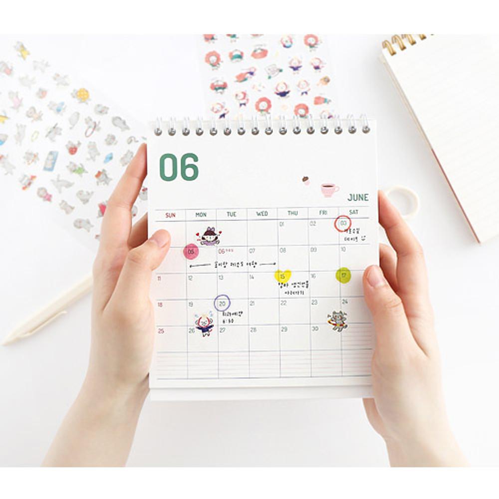 Example of use - Hellogeeks petite deco sticker