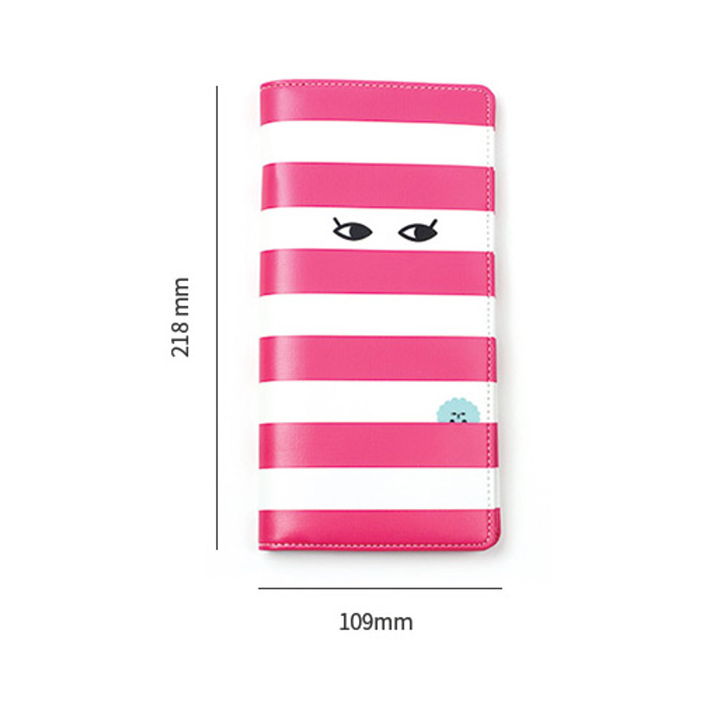 Size of Everymonster travel long passport case