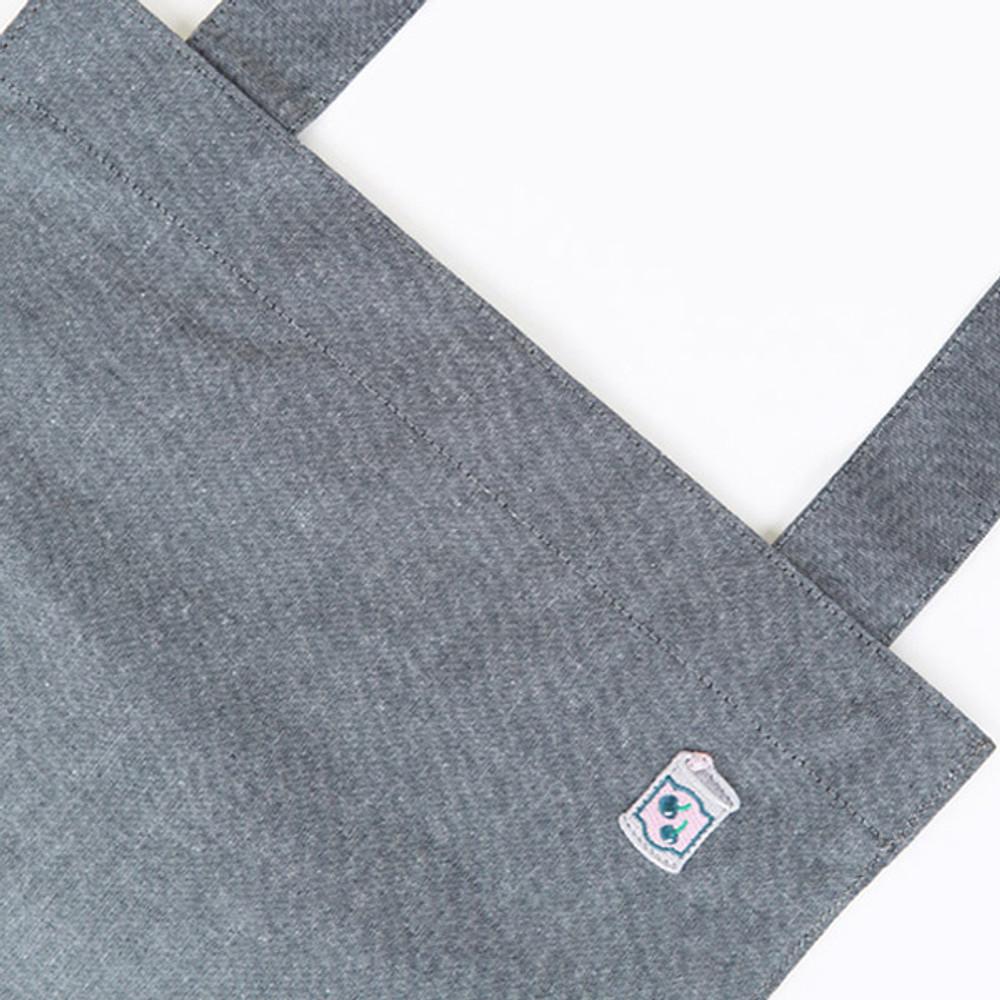 Detail of Tropical travel cotton shoulder bag