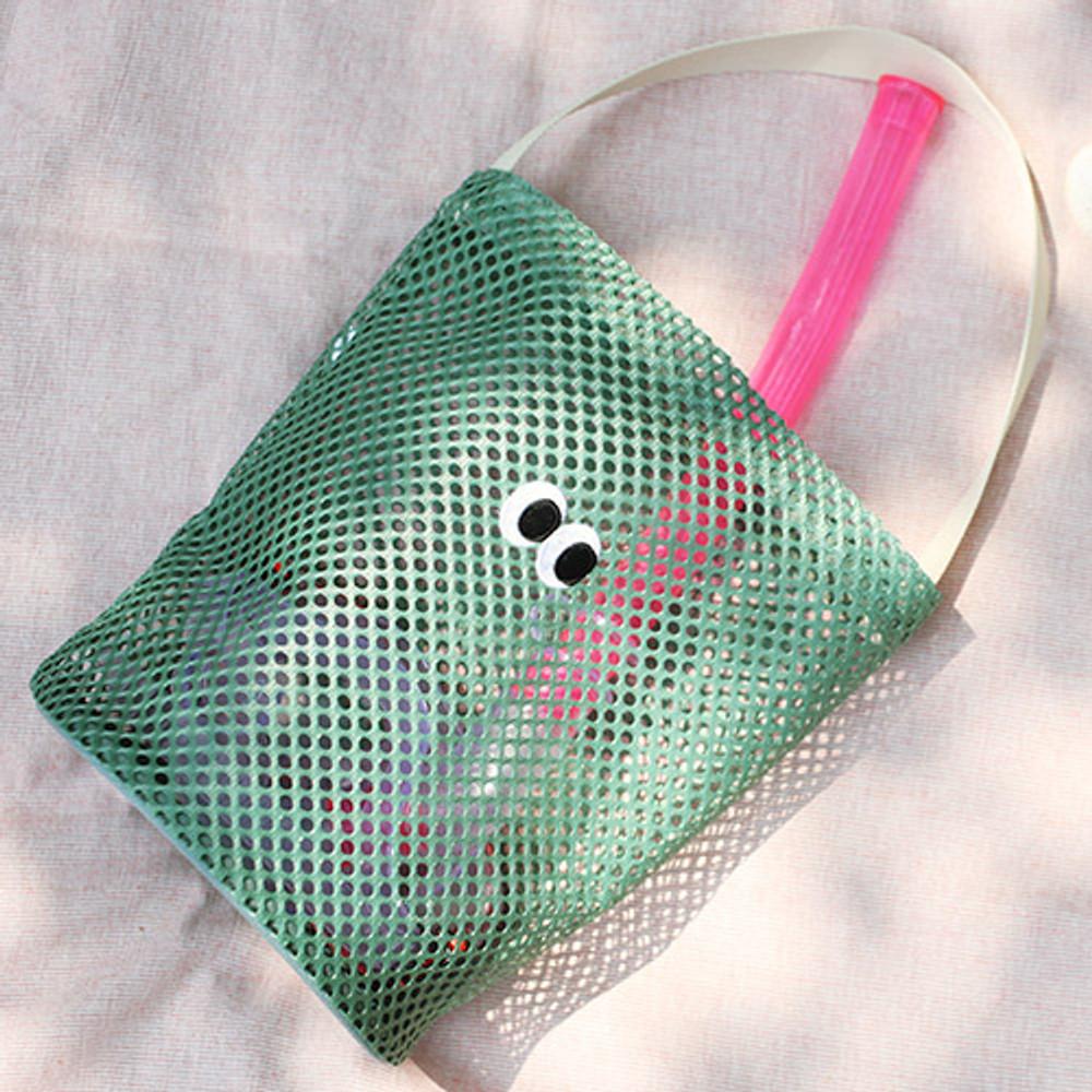 Khaki - Som Som stitch mesh tote bag