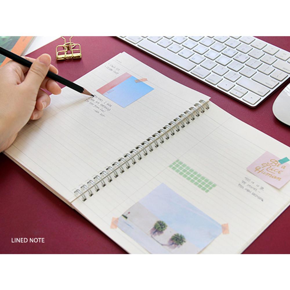 Lined note - Spiral daily undated planner scheduler