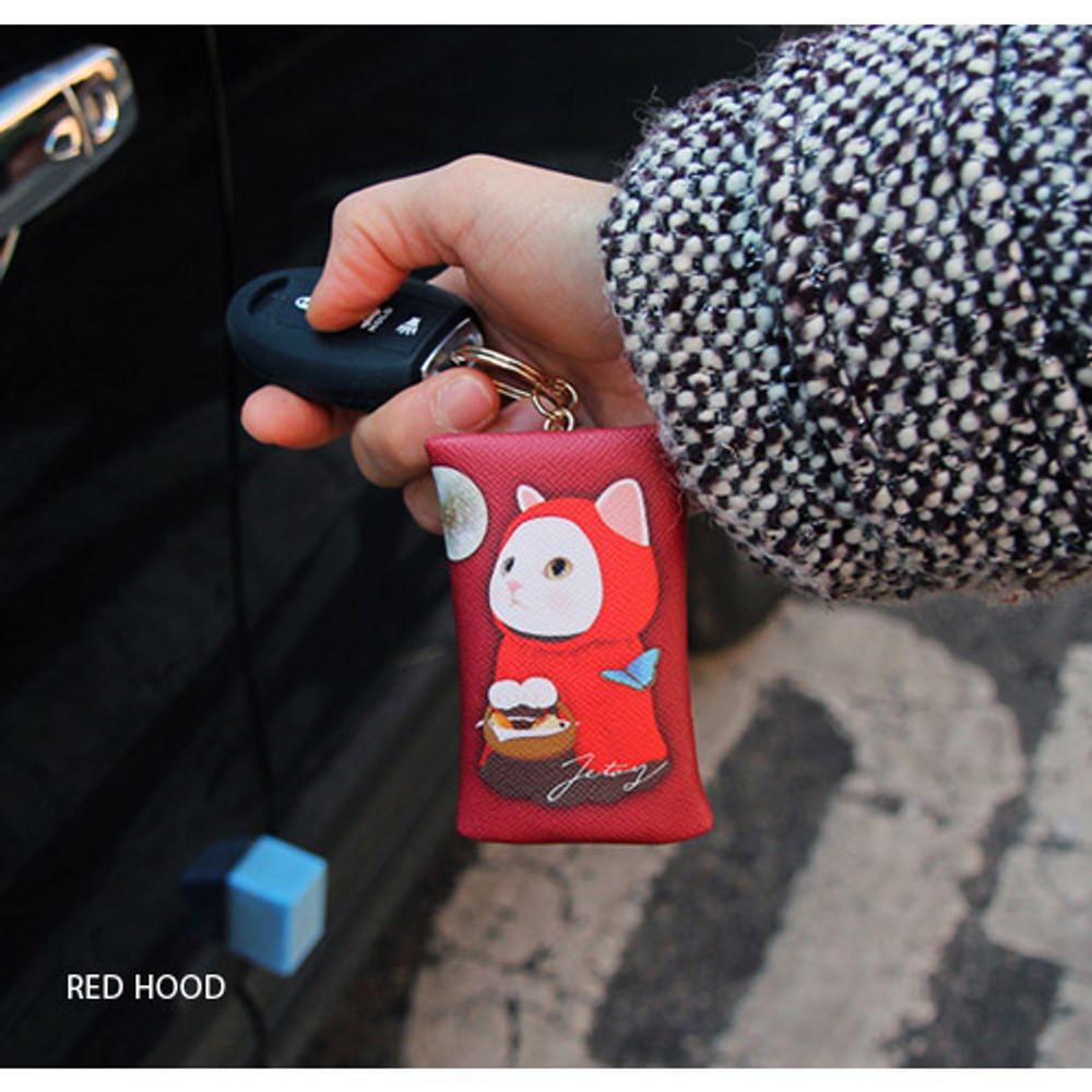 Red Hood - Choo Choo petit key ring with small zippered case